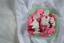 Frosted Circus Animal Cookie P...