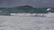 Mare molto mosso a Palermo, sullo sfondo l'isola del comune di Isola delle Femmine