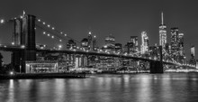 Brooklyn Bridge At Night In Bl...