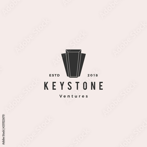 Valokuva  Keystone key stone logo hipster retro vintage vector icon illustration line outl