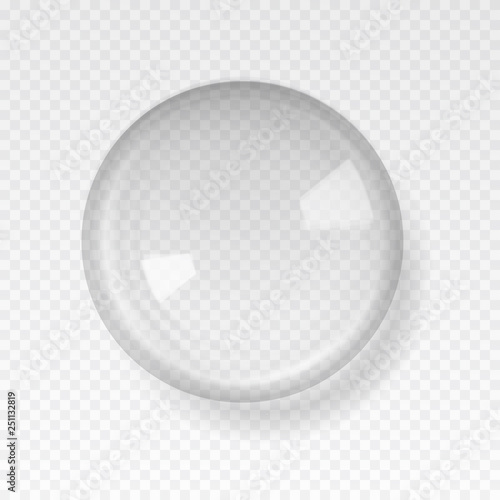 Fotografía  Transparent glass sphere with glares and highlights.