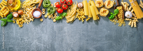 Fotografía Various pasta over stone background