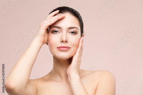 Photo  Woman Natural Beauty Makeup Portrait, Fashion Model Touching Face by Hands, Beau
