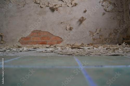 La pose en embrasure Ancien hôpital Beelitz lostplace: Beelitz-Heilstätten, Berlin