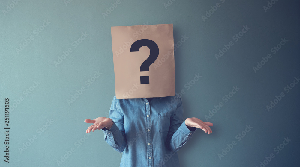 Fototapety, obrazy: Woman has Confused, Thinking, Question Mark Icon on Paper Bag, copy space.