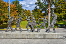 Sculpture Of A Music Band In T...