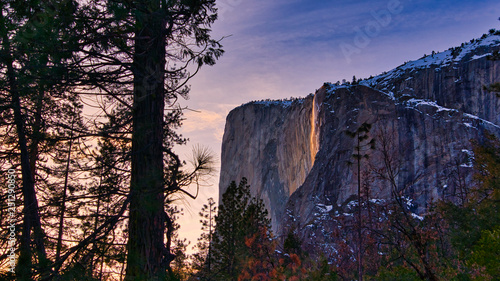Photo  Firefall in Yosemite National Park