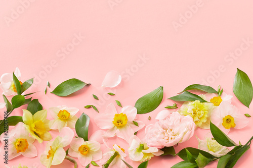 decorative-frame-from-spring-flowers