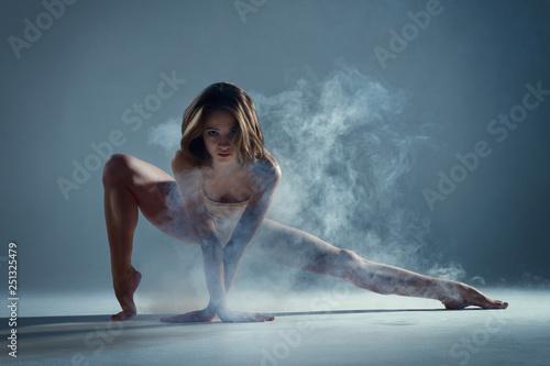 Fotografie, Tablou  Dancing in cloud concept