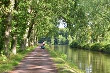 Le Canal De Nantes à Brest Entre Josselin Et Pontivy