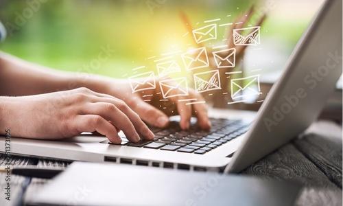 Cuadros en Lienzo  Email.