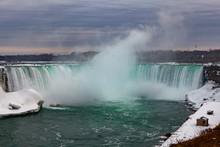 Niagara Falls CANADA - Februar...