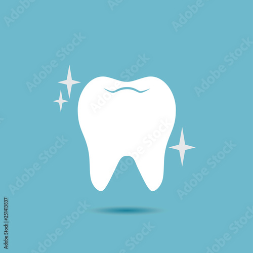 Fotomural Shiny, healthy tooth vector icon.