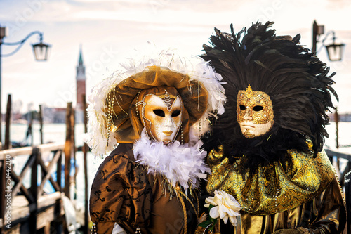 Stickers pour portes Venise Close-up of a costume reveller poses during the Carnival in Venice, Italy.