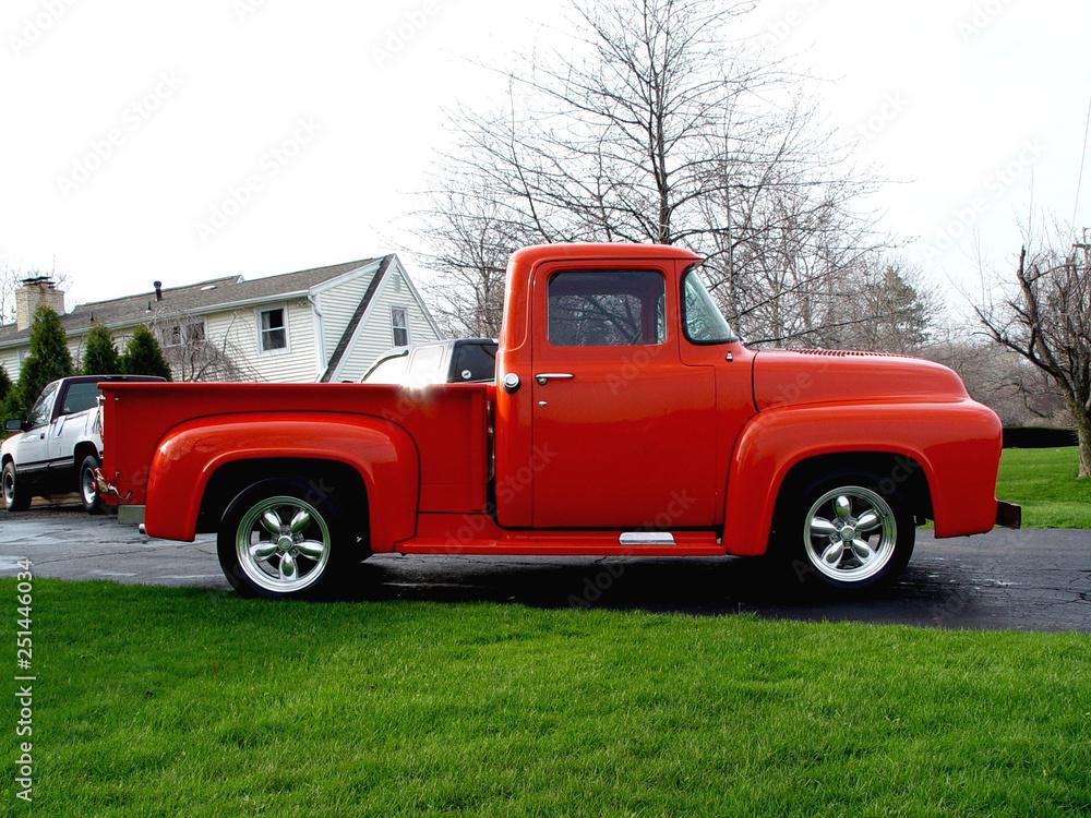 Photo Little Orange Truck 1956 Ford