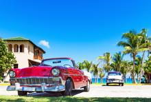Roter Amerikanischer Cabriolet...