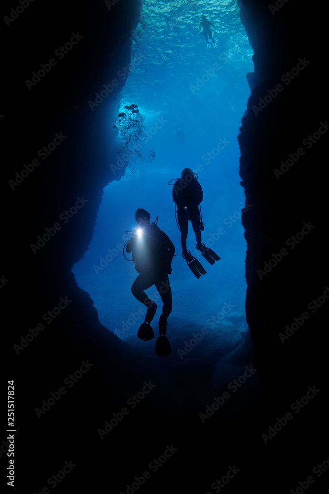 Fototapeta scuba diving, cave