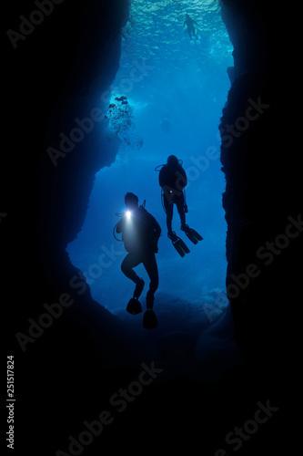 Fototapeta scuba diving, cave obraz