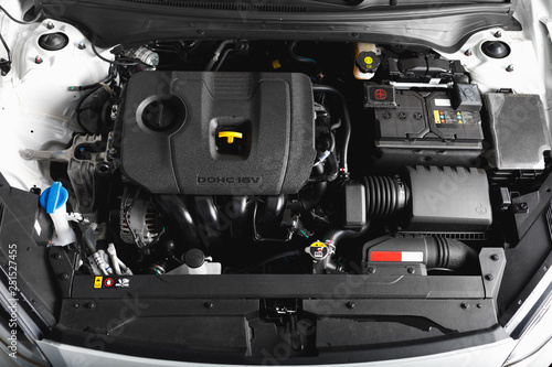 Fotografie, Obraz new car engine and parts