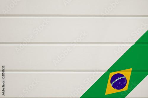 Foto  ブラジル、板壁にペイントされた国旗
