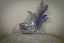 Masque De Carnaval Argent Et Violet à Plume, Style Baroque
