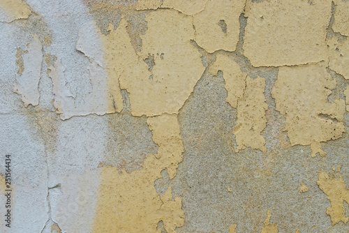 Fotoposter Oude vuile getextureerde muur old peeling yellow painted wall texture background