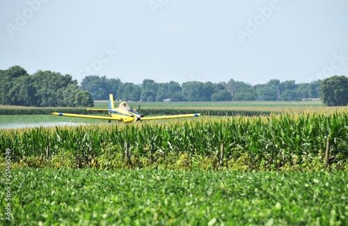 Fotografie, Obraz  Cropduster over Cornfield