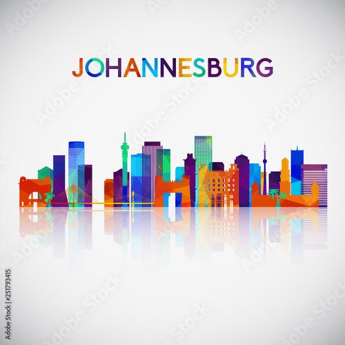 Fototapeta premium Sylwetka panoramę Johannesburga w kolorowym stylu geometrycznym. Symbol Twojego projektu. Ilustracji wektorowych.