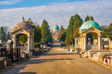 Zagreb, Hrvatska - 30. prosinca 2018. Povijesno groblje Mirogoj u glavnom gradu Hrvatske Zagrebu
