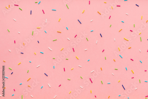 Fotografia trendy pattern of colorful sprinkles for background of design banner, poster, fl