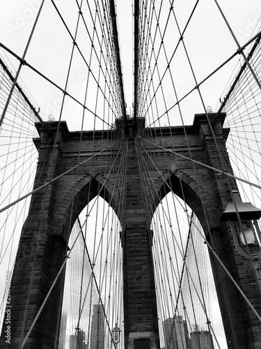 Montage in der Fensternische Brooklyn Bridge brooklyn bridge and new york city manhattan