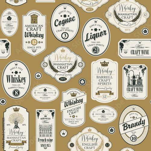 Vector seamless pattern with collage of labels for various alcoholic beverages in retro style with inscriptions of whiskey, liquor, cognac, wine, brandy, craft wine. Fototapete