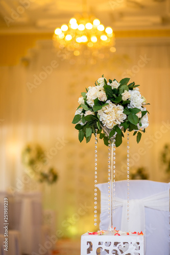 Fotografía  wedding ceremony, hall decoration, decorations, beautiful bouquets