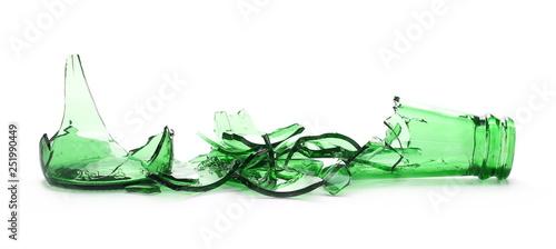 Tela Glass shards, broken green beer bottle isolated on white background