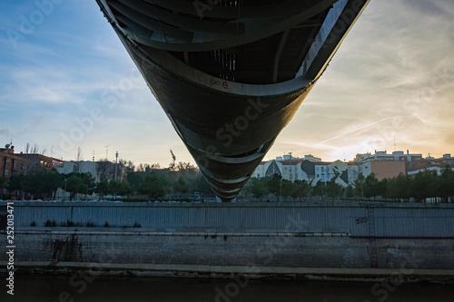 Photo Madrid Rio: Puente de Arganzuela (Arganzuela Bridge) and Manzanares River, Madri