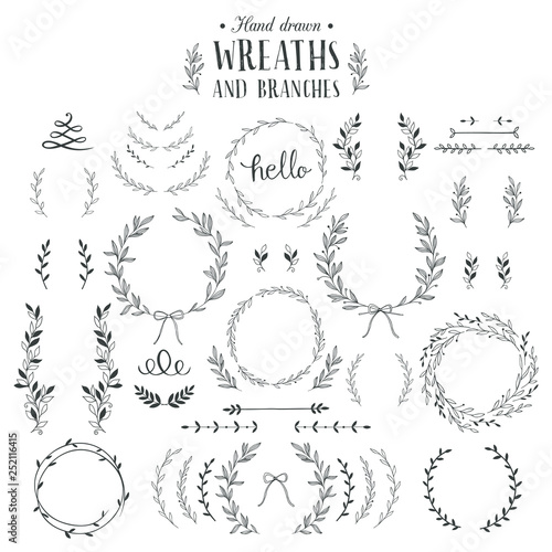 Collection of hand drawn laurels, wreaths and branches. фототапет