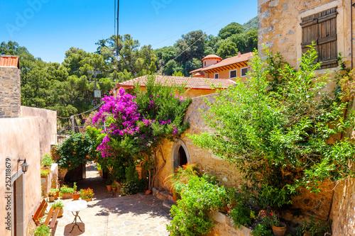 Fototapety, obrazy: The monastery Kremaston, Crete, Greece