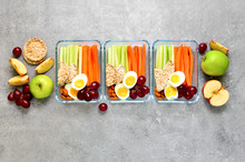 Lunch Boxes With Healthy Snack...
