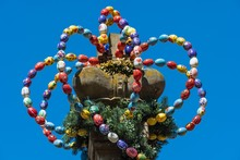 Osterkrone, Crown From Colorful Easter Eggs, Osterbrunnen, Langenburg, Baden-Wurttemberg, Germany, Europe