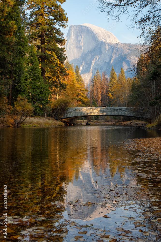 Fototapety, obrazy: Beautiful American Landscape in Yosemite National Park, California, United States.