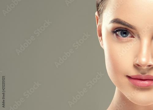 Valokuva Eyes lashes woman closeup isolated on white macro
