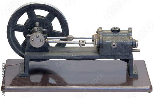 Fotografia  Retro model of the steam engine. Isolated on white background