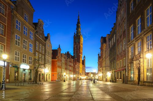 Fototapety, obrazy: Amazing architecture of the old town in Gdansk at dawn, Poland