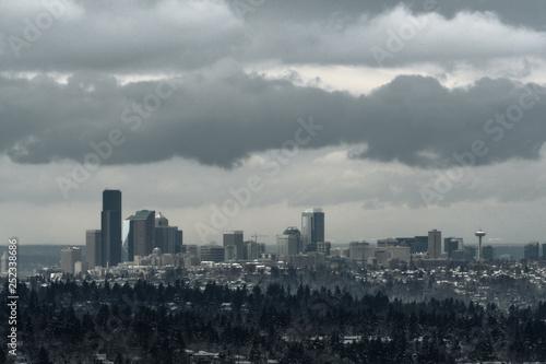 Staande foto Stad gebouw Long exposure of Seattle skyline after snowstorm in 2019