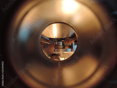 Photo High vacuum analytical chamber with sample inside
