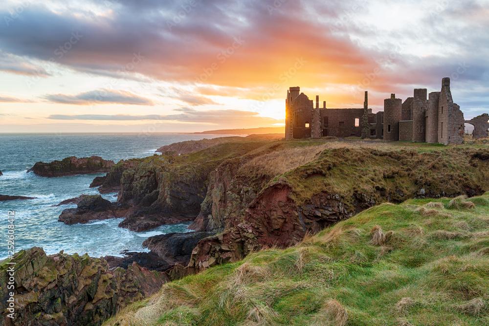 Fototapeta Slains Castle at Sunset