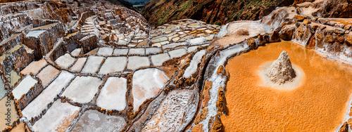 Foto auf Gartenposter Dunkelbraun Salt Mines in Maras, Sacred Valley, Peru.