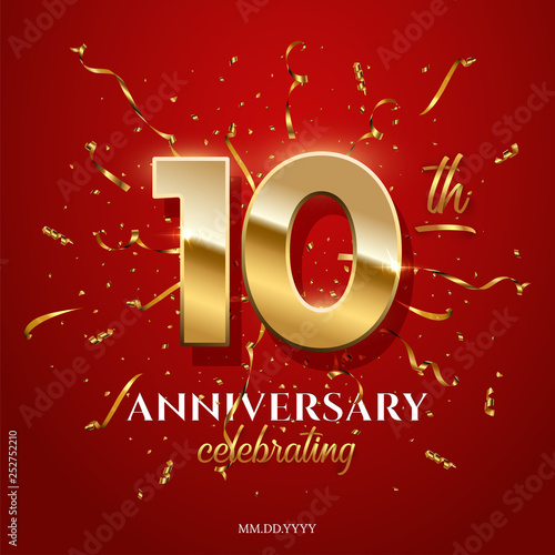 Papel de parede  10 golden numbers and Anniversary Celebrating text with golden serpentine and confetti on red background