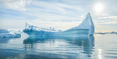 Pejzaž antarktičkog ledenog brijega