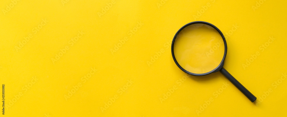Fototapety, obrazy: close up magnifier glass on yellow background